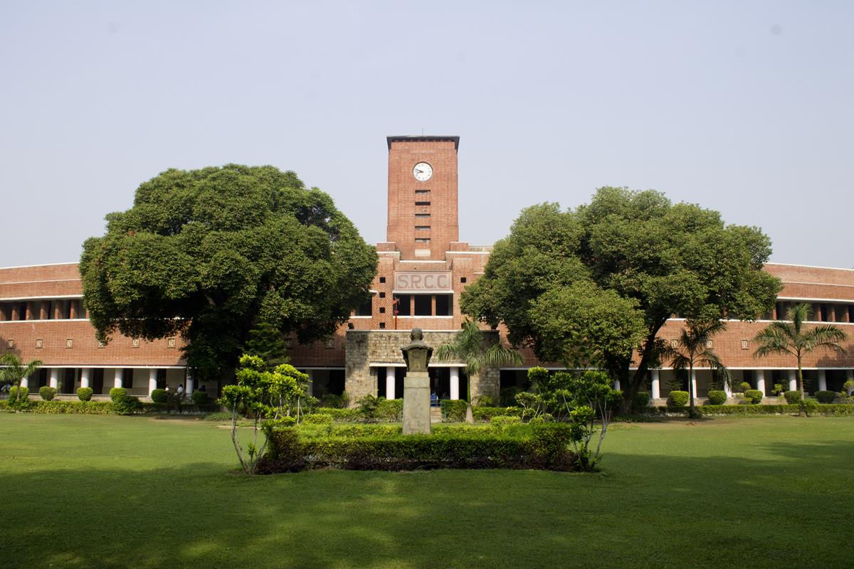 Best Colleges For B.Com in India