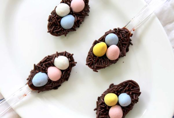 Easy And Cheap Easter DIY Ideas